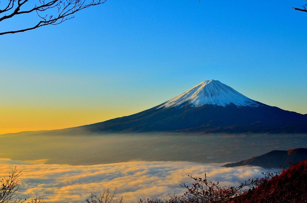 Jalur Pendakian Dibuka, Apa yang Bisa Dilakukan di Puncak Gunung Fuji Jepang?