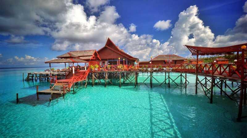 Pilihan Aktivitas Romantis Selama Liburan ke Pulau Maratua di Derawan