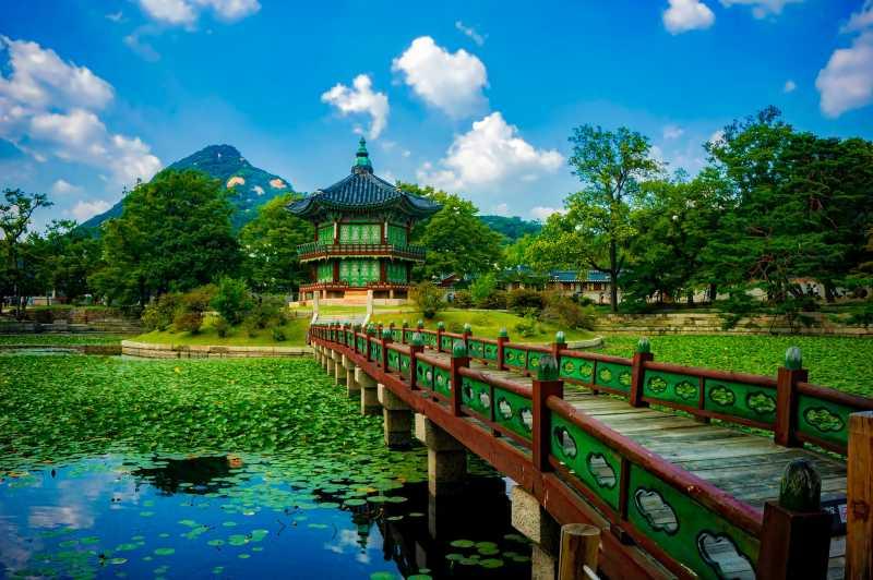 Liburan ke Seoul, Yuk Lihat Sisi Tradisional Korea di 6 Istana Ini