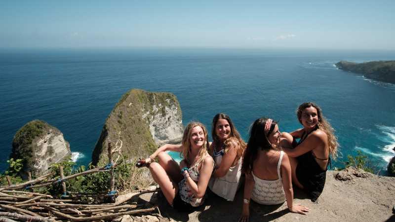 Indonesia Dikunjungi 15 Juta Turis, Terbanyak dari China?