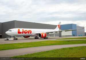 Kabut Asap Riau dan Kalimantan Ganggu Penerbangan Lion Air