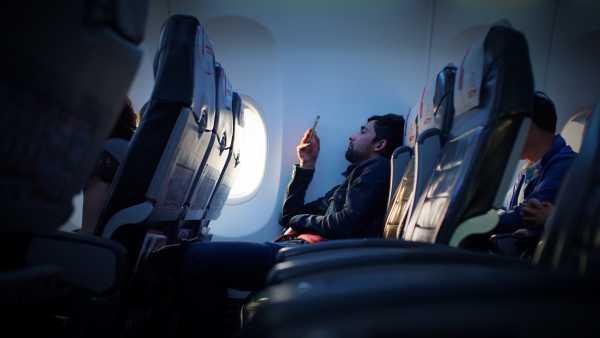 <i>Gak</i> Sembarang Orang yang Boleh Duduk di Barisan Pintu Darurat Pesawat