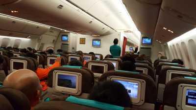 Kaesang hingga Ditjen Pajak, Mereka Sindir Larangan Foto di Pesawat Garuda
