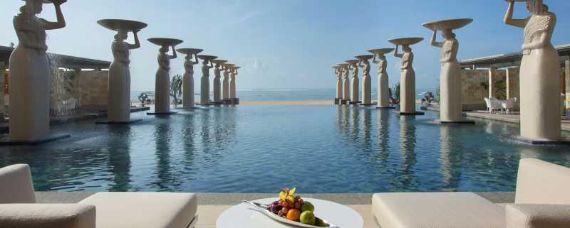 Ini <i>Resort</i> Terbesar di Bali Versi <i>Traveller</i>