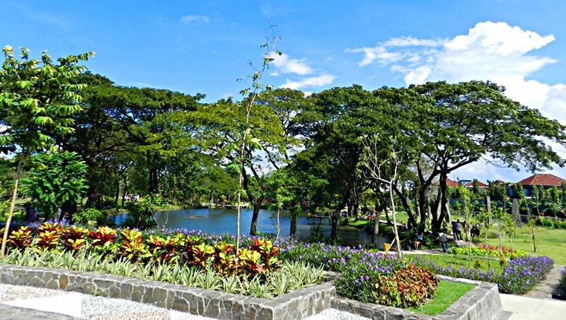 5 Rekomendasi Taman Cantik untuk Wisata Murah di Surabaya