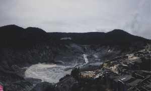 Kepanikan Warga saat Erupsi Gunung Tangkuban Perahu