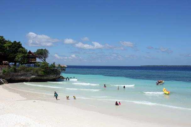 Pantai Tanjung Bira, Destinasi Wajib Buat yang Jenuh dengan Keramaian