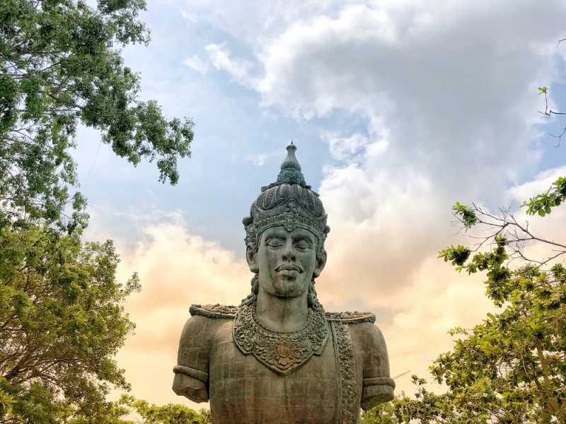 Patung Tertinggi Indonesia ada di Bali, Tengok <i>Yuk</i>
