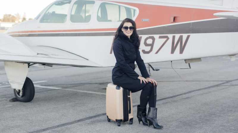 Wanita ini Keliling Dunia Hanya Bawa 1 Koper