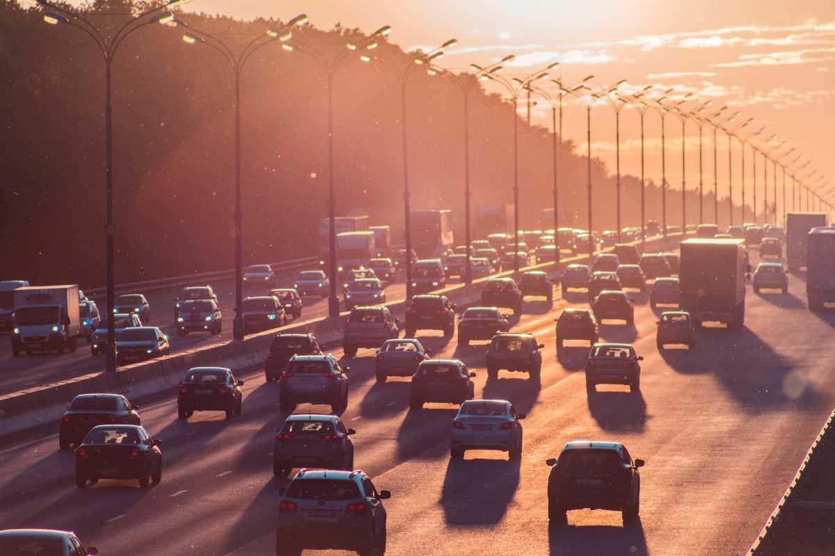Keluhan Netizen Soal Larangan Mudik dan Transportasi yang Mendadak Dibuka