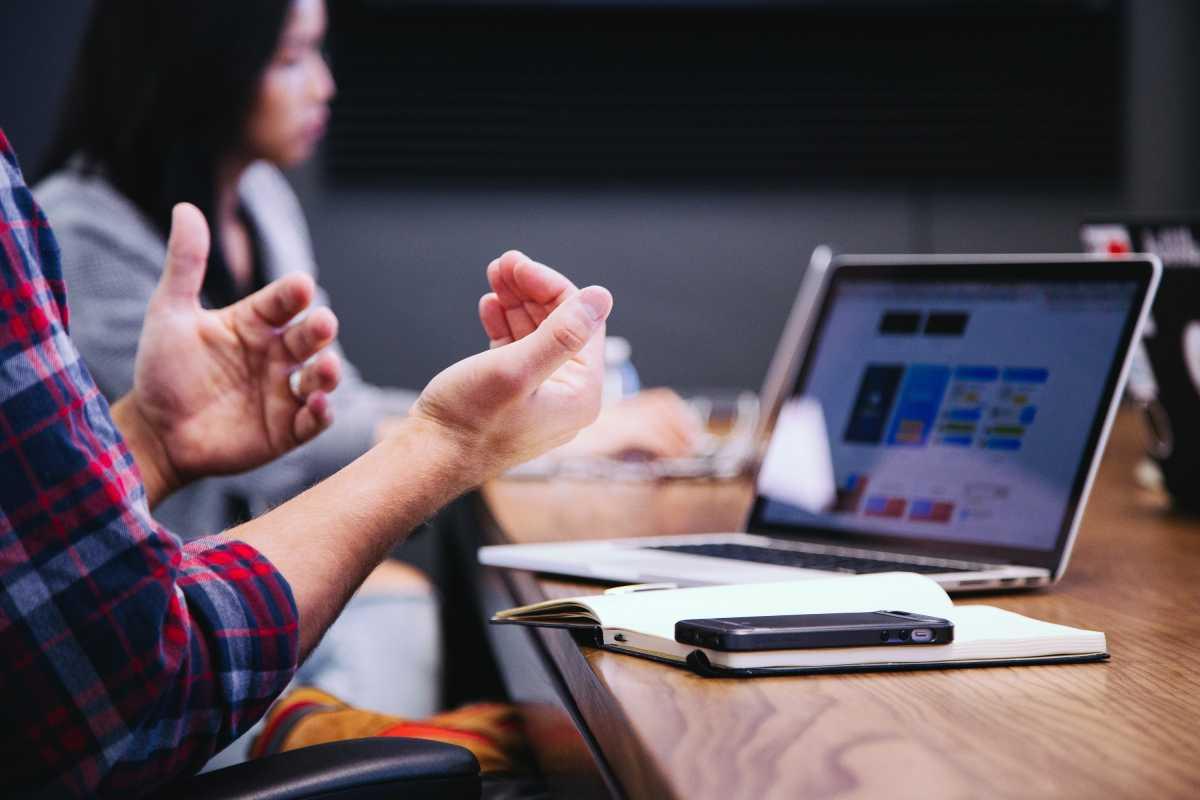 Bagaimana Mengukur Return on Investment (ROI) Bisnis Digital?