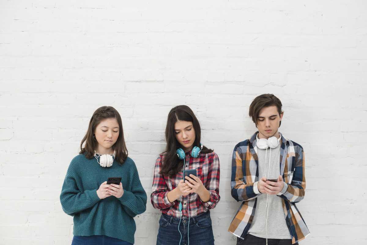 Layanan Telekomunikasi Digital Bermunculan, Bagaimana Operator Bersaing?