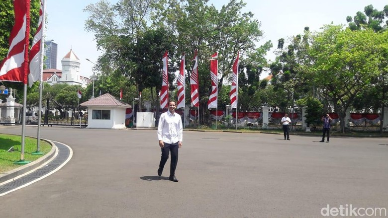 <i>Wih</i> CEO Gojek Nadiem Makarim Tiba di Istana Presiden