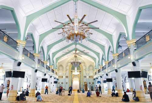Masjid Sultan, Singapura. Photo by @ctynattyhere - Unsplash -Siti Rahmanah Mat Daud