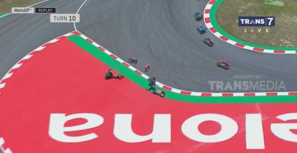 Hasil MotoGP Catalunya: Marquez Juara, Lorenzo Nyusruk Ngajak Rossi dan Dovisiozo