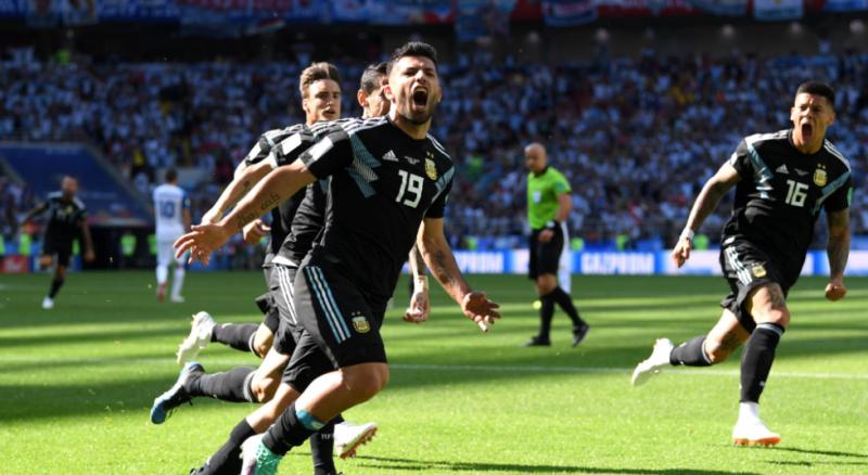 Bisa Streaming di Uzone, Kini Kamu Enggak Punya Alasan untuk Melewatkan Piala Dunia