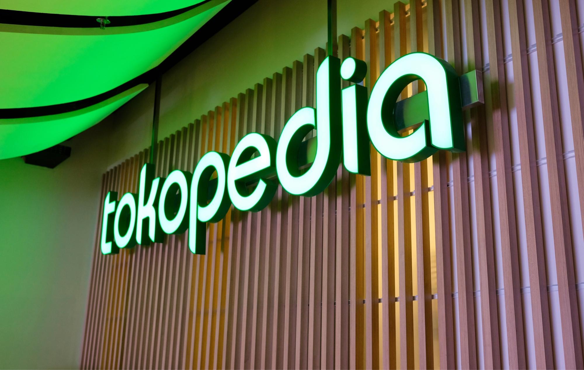 tokopedia-ilustrasi-kantor-logo