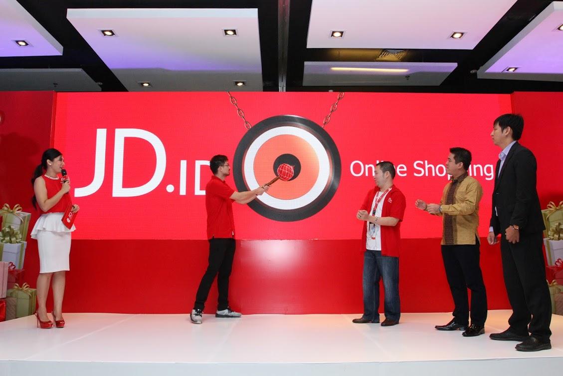 JD.id Gandeng 9 Desainer Indonesia Lawan Virus Corona