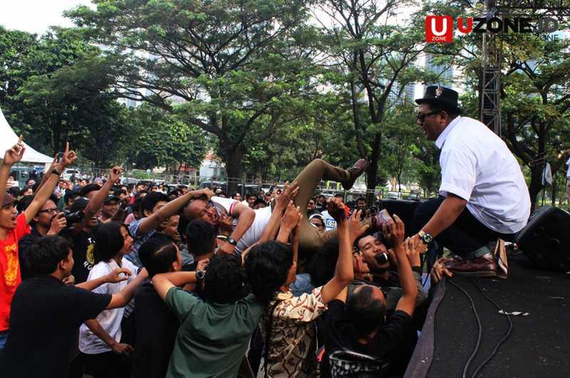 Highmoon Panaskan Panggung Jakarta Mods May Day 2017