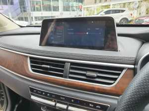 layar sentuhnya juga sekarang berkonsep floating dan ada fitur voice command