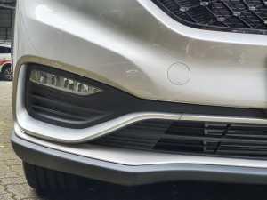 Bumper juga baru desainnya, termasuk desain cover foglamp yang keren dan sudah LED