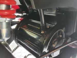 Ini motor listriknya, posisinya agak diatas agar bebas genangan air, berdaya setara 6,5 hp dan torsinya 30 Nm (Bagja - Uzone.id)