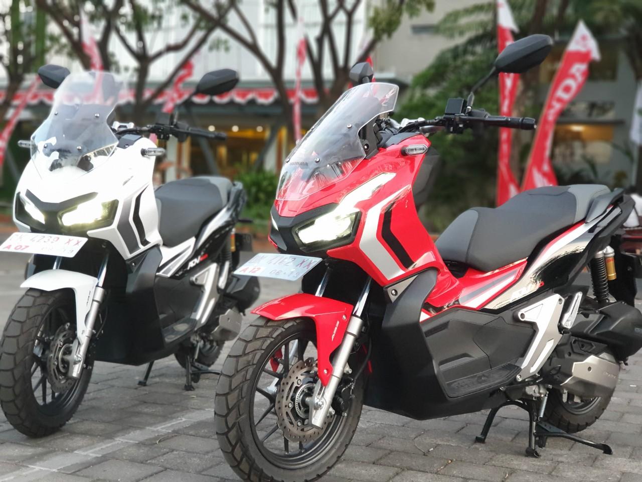 5 Pembeda Honda Adv 150 Tipe Abs Dan Cbs