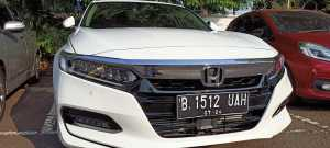 Gril, solid wing face khas Honda berpadu dengan lelampuan full LED yang berdesain sipit