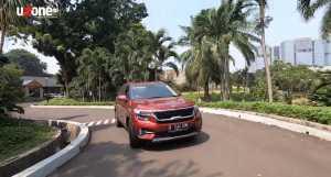 Handling lumayan asik, layaknya SUV kompak pada umumnya (Bagja - Uzone.id)
