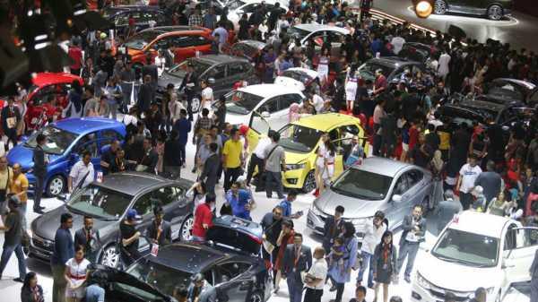 Penjualan Mobil Nasional Rontok Hampir 50 Persen Dihantam Pandemi