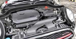 Mesin berkapasitas 2.000cc Twin Power Turbo bertenaga 231 Hp dan torsinya 320 NM, menjanjikan performa yang mumpuni (Uzone.id)