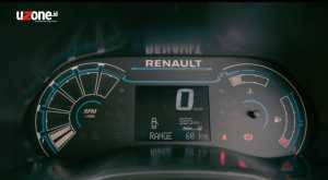 MID Renault cukup lengkap, tapi desainnya terkesan memaksa untuk terlihat canggih (Bagja - Uzone.id)