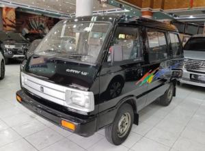 Suzuki Carry 1000 buatan tahun 1996 kondisi baru.