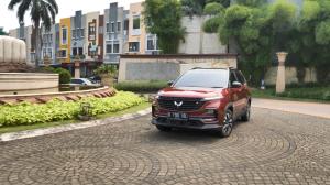 Almaz RS jadi SUV tercanggih dengan harga paling terjangkau
