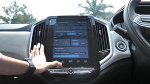 Wuling Almaz RS, sebuah SUV yang mirip smartphone karena punya fungsi-fungsi yang mirip ponsel. Dengan teknologi andalannya Wuling Interconnected Smart Ecosystem (WISE) adalah inovasi terbaru dari Wuling yang menciptakan ekosistem pintar yang dapat menghubungkan kita dengan mobil melalui Internet Car dan memaksimalkan keamanan dengan Advanced Driver Assistance System (ADAS).