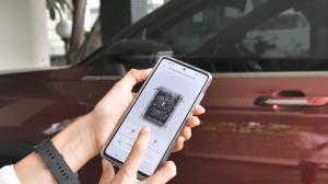 Dengan usungan teknologi yang biasanya ada di mobil-mobil dengan harga minimal Rp600 jutaan ke atas, Almaz RS ditawarkan dengan harga yang terjangkau.