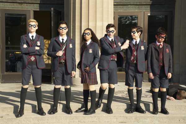 Rekomendasi Serial Netflix: The Umbrella Academy