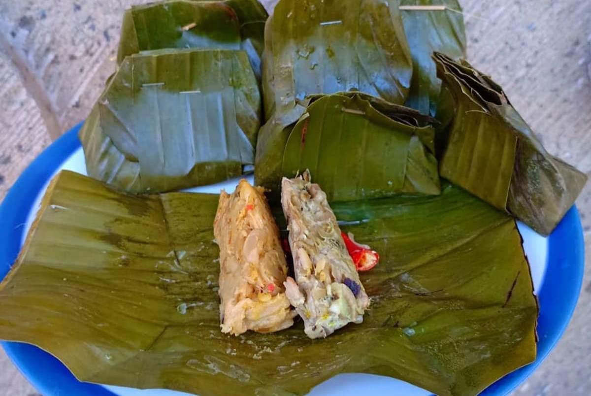 Ke Bali Jangan Cuma Makan Sate Lilit Ayam Betutu Coba 5 Kuliner