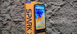 Tecno Spark 7 NFC andalkan Near-Field-Communication (NFC) (Foto: Tomi Tresnady / Uzone.id)