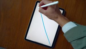 iPad Air generasi ke-empat dibekali layar 10,9 inci, ukuran yang lebih luas dari versi sebelumnya.
