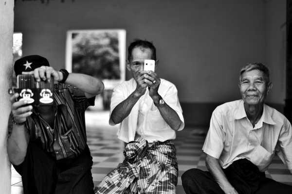 Cara Militer Myanmar Batasi Akses Internet Usai Kudeta