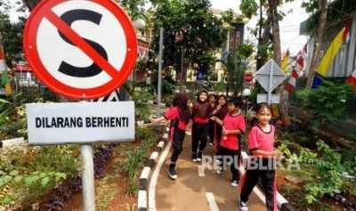 Melihat Taman Lalu Lintas di Jakarta