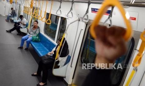 Tarif MRT Rp 8.500, LRT Rp 5.000