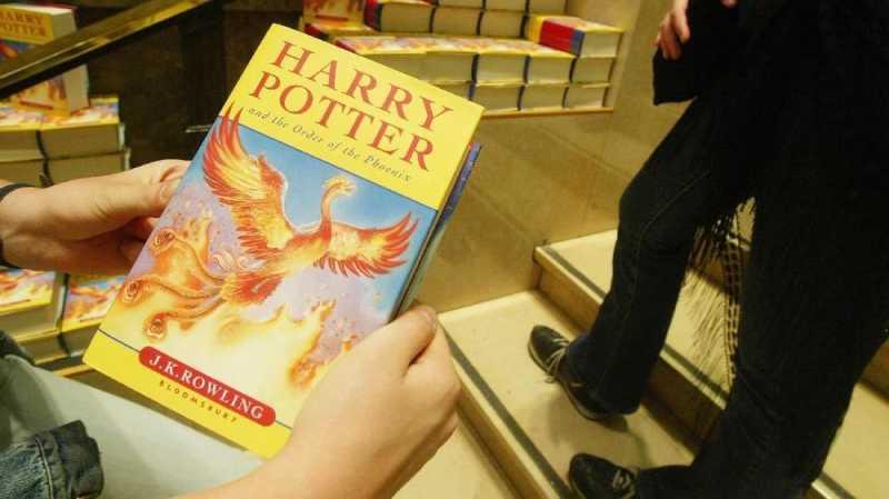 Sekolah di AS Singkirkan Harry Potter Karena Konten Sihir