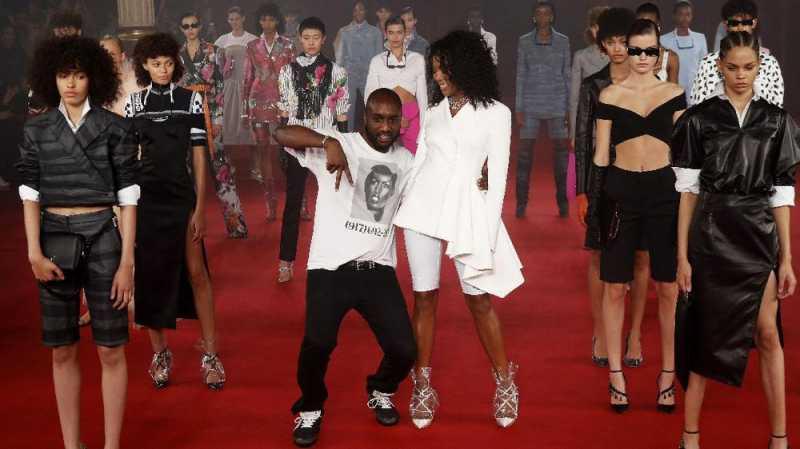 5 Tren Rias Wajah Unik dari Paris Fashion Week