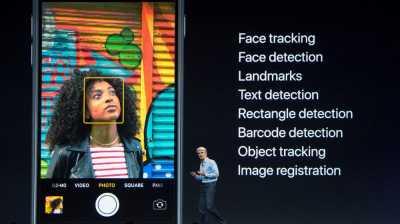 Peluncuran iPhone X Diwarnai Demo Face ID yang Nyaris Gagal
