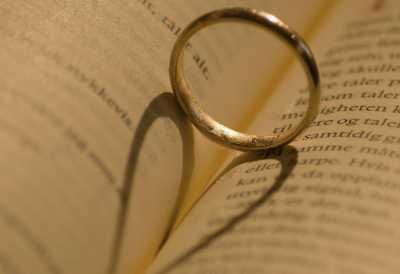 Inikah Cinta Sehidup-Semati? Suami-Istri Meninggal Bersamaan