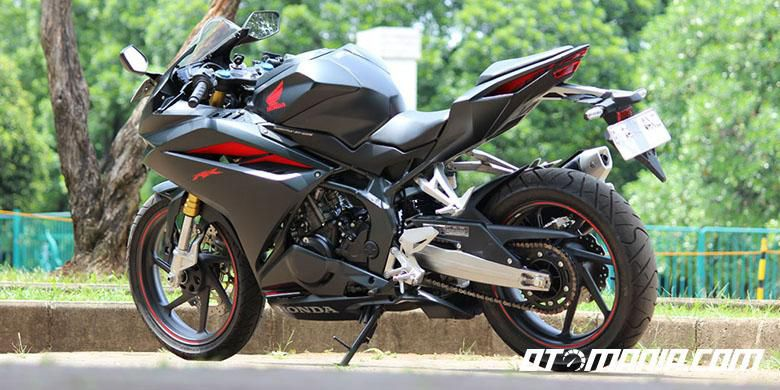 Honda CBR250RR Versi