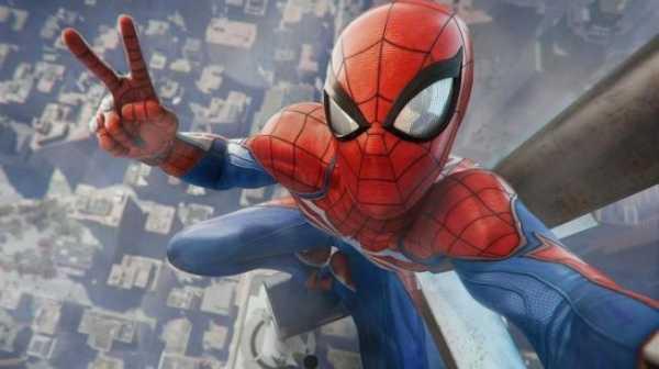 Botol Minum Spider-Man Keren, Tapi Cara Pakainya Malah Bikin Ngakak