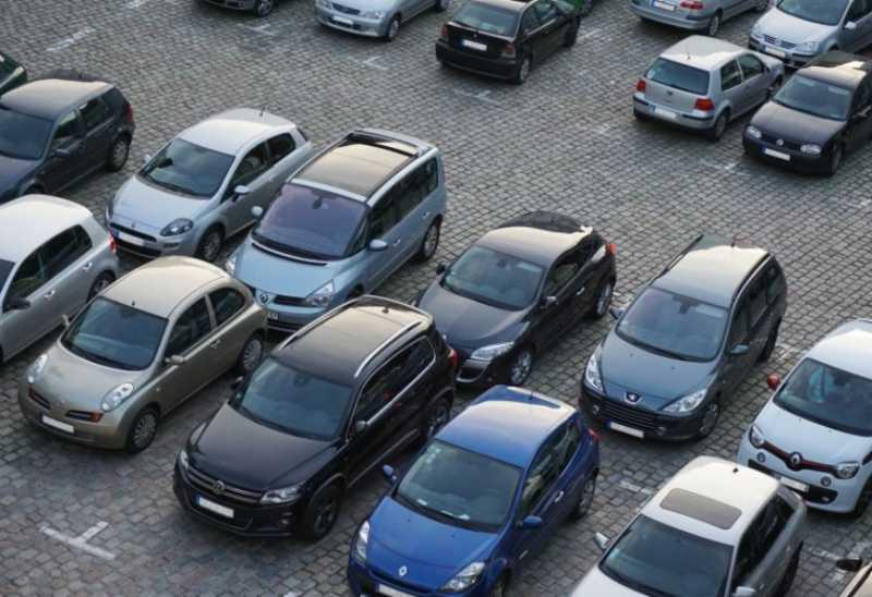 Di Tempat Ini, Warga Harus Bayar Rp4 Miliar Cuma Untuk Parkir